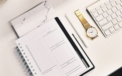 8 Simple Steps to Staying Organized and Successful